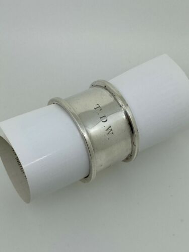 An Antique British Sterling Silver Napkin Ring. Sheffield, c1910.
