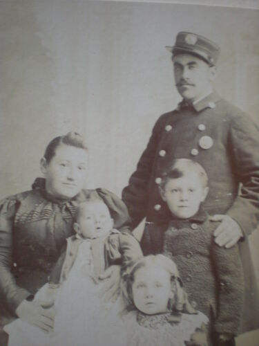 1800s FIREFIGHTER WIFE BABY CHILDREN Photo Brooklyn NY Rare Antique Cabinet Card