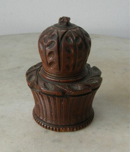 ANTIQUE NUTMEG GRATER Acorn Shape Hand Carved Wood Grooved Etched Rare 1 Pc 1800