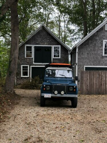 1985 Land Rover Defender  1985 Land Rover 110 County Station Wagon