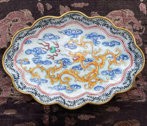 ANTIQUE c.1820 CHINESE QING CANTON or BEIJING LOBED ENAMEL DRAGON TRAY / DISH