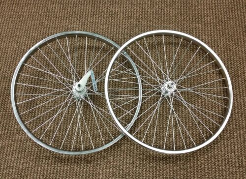 BICYCLE TIRES FIT SCHWINN /& OTHERS 20 X 2.125 BALLOON