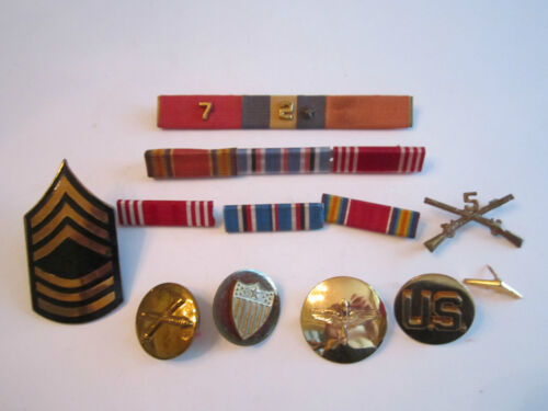 OLD U.S. ARMY RIBBONS, PINS AND BUTTONS COLLECTION - UNSEARCHED - TUB BN-1Medals, Pins & Ribbons - 104024
