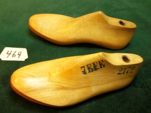 Pair Vintage Wood  Large Size 7 EEE #2172 Shoe Factory Industrial Last  #464