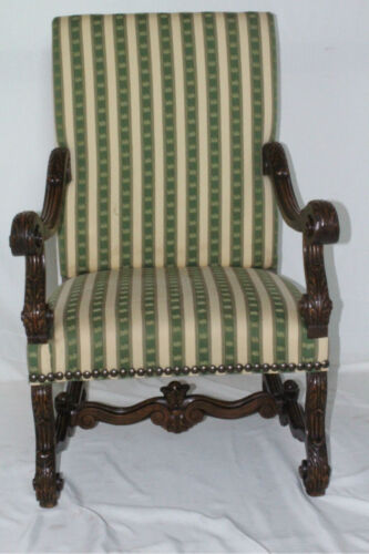 Antique Walnut French Louis XIII Os de Mouton Style Throne Chair, Circa 19th