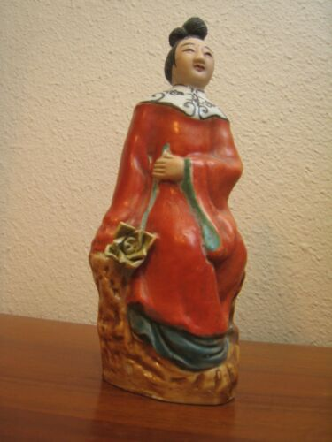 """WONDERFUL ANTIQUE HAND PAINTED POTTERY 8"""" COURT WOMAN STATUE SIGNED & STAMPED"""