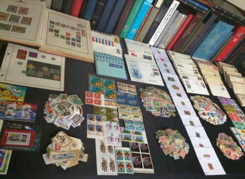✯ US and Worldwide Stamp Collection Estate Find✯ Covers FDCs Mint ✯ 650+ Stamps✯ <br/> ✯ Each Lot Includes BONUS of $70+ of Early US Stamps! ✯