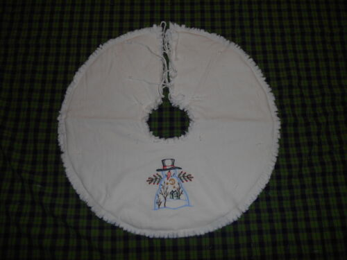 "TOP HAT SNOWMAN, Saltbox, Moon Embroidered Tree Skirt,18"",Christmas,Country"