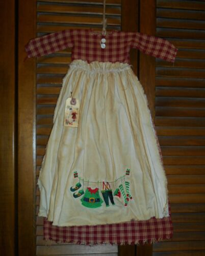 Primitive Wall Decor Dress RED PLAID W/ APRON Elf Clothes,Elves,Christmas,Grungy