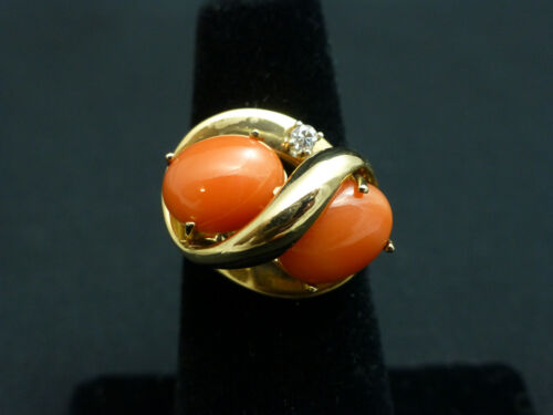 Beautiful Vintage 14k Coral and Heavy 9.3g Gold Ring Size 6 3/4