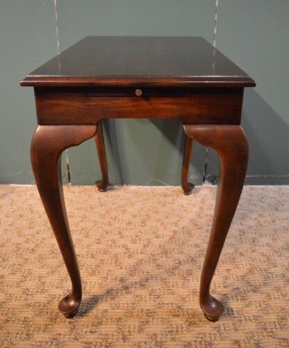 Vintage Lane Queen Anne Style Solid Mahogany Side Table with Pull-Outs
