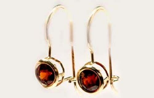 Bavaria Red Spessart Gold Earrings 1¼ct Antique 19thC Ancient Rome Carbuncle 10k