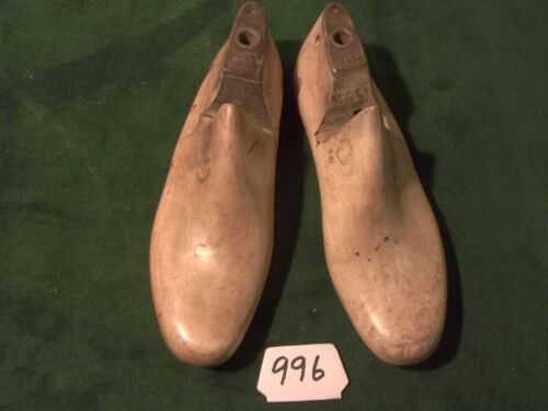 VINTAGE PAIR Wood Size 6-1/2 D TOFLER GEBL Co Shoe Factory Lasts Industrial #996