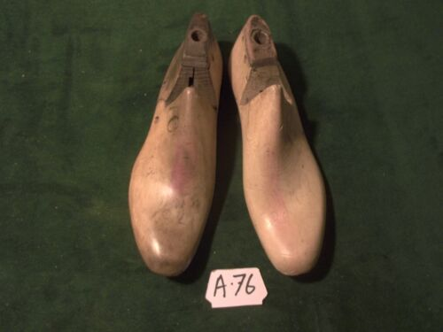 Vintage 1942 Pair NAVY Shoe Lasts Size 7 C  JV Factory Industrial Mold #A-76