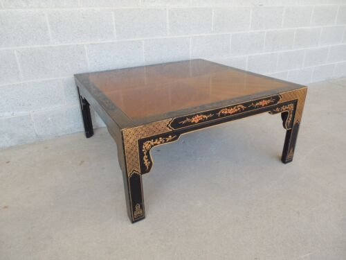 Henredon Quality Black Lacquer Chinoiserie Decorated Coffee Cocktail Table