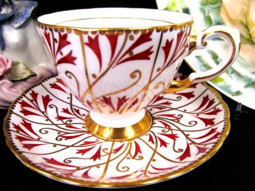 Tuscan tea cup and saucer gold & painted red pattern teacup footed base cup