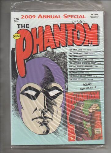 PHANTOM  2009  (No 1529) ANNUAL  WITH REPLICA ISSUE  18 mint sealed