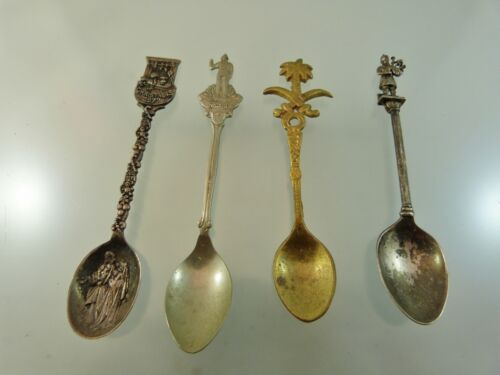 LOT of 4 SOUVENIR SPOONS PLATED BAGPIPER,PALM TREE,NASSAU, CHRISTMASS 1977