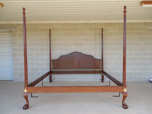 HENKEL HARRIS Cherry Chippendale Style Ball & Claw Footed King Size Poster Bed