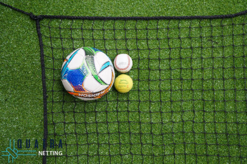 Sports Barrier Netting: 5m x 3m Net / 40mm sq with 6mm Rope Border