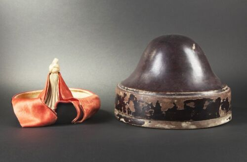MID 19th ANTIQUE CHINESE EMBROIDERED MANCHU FINIAL HAT BOX LACQUER MANDARIN