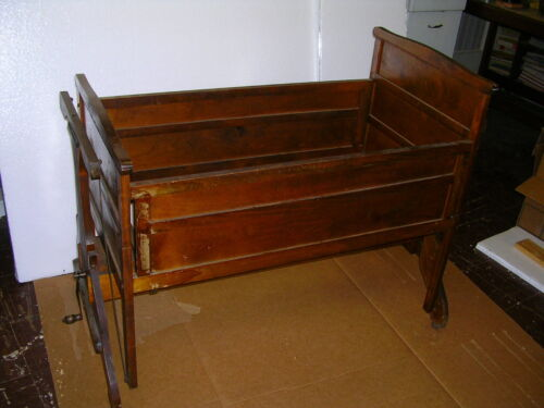 """RARE FIND""1920s AUTOMATIC CRADLE,""LULLABYE FURNITURE MFG.CO"".STEVENS POINT WIS."