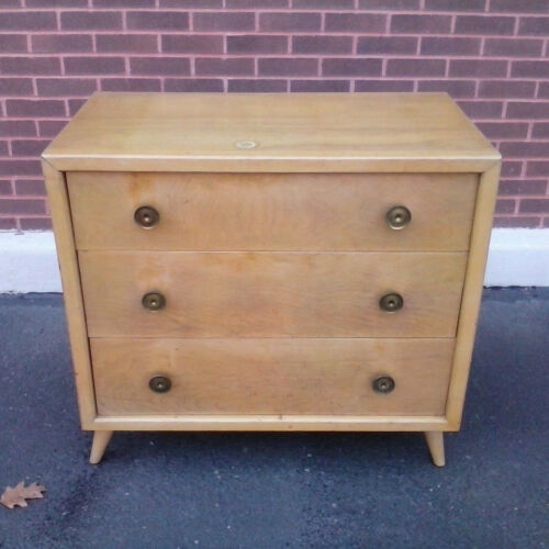 John Stuart Widdicomb Robsjohn-Gibbings three drawer Dresser Blonde birch