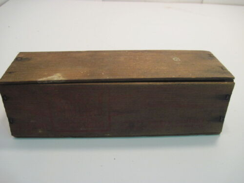 1-C OLD VINTAGE WOOD-WOODEN KRAFT PIMENTO CHEESE DAIRY BOX CRATE W-LID