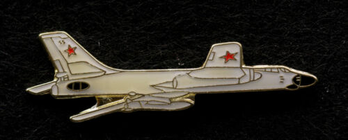 Tupolev Tu 22 SOVIET BOMBER LAPEL HAT PIN SOVIET UNION RUSSIAN TIE TAC WING WOWOther Militaria - 135