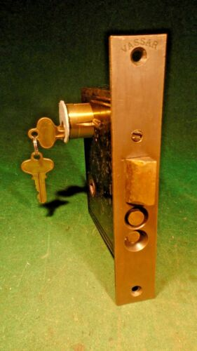 CIRCA 1890 READING HARDWARE ENTRY MORTISE LOCK w/NEW CYLINDER & 2 KEYS (10730-1)