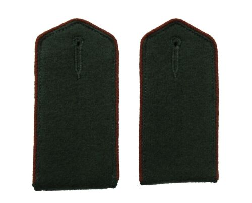 German WW2 Elite Unit Enlisted Shoulder Boards.White piping w// DF