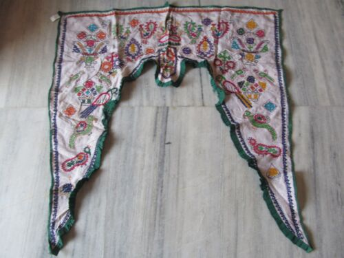VINTAGE INDIAN TRIBAL HANDMADE WALL DECOR ETHNIC PATCH EMBROIDERY TORAN VALANCE
