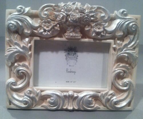 "Renderings Picture Frame 6""x4""  Classic"