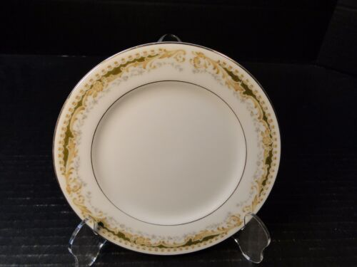 """Signature Collection Queen Anne Bread Plate 6 1/4"""" Excellent"""