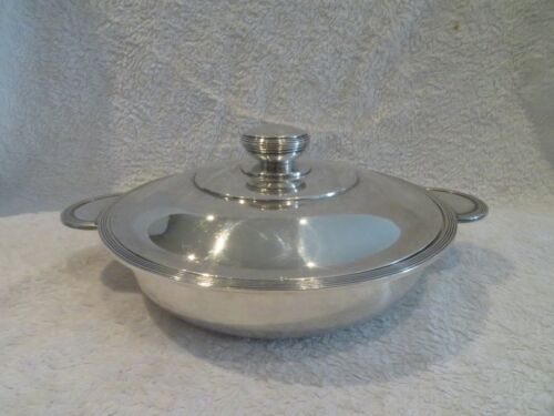 1930 silver-plated Christofle covered vegetable dish Art deco L Lanel ondulation