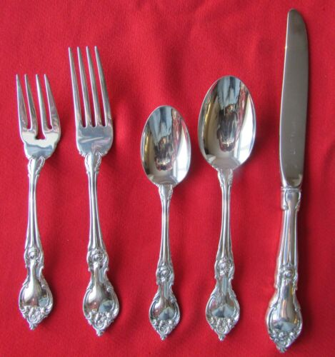 EXCELLENT 1980 Saint Charles Pattern 5 Piece Place Set By Lunt Silver Plate