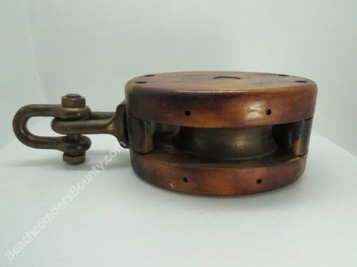 Antique 5+1/2 Wood & Bronze Ships Pulley (XC4C204)