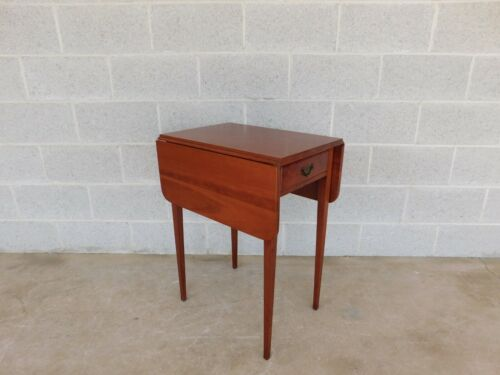SUTERS Cherry Hepplewhite Style Pembroke Table