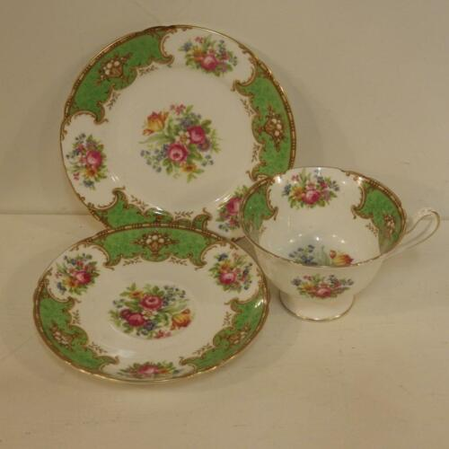 "Vintage Shelley ""duchess"" trio 13402,cup saucer plate.green border,floral"