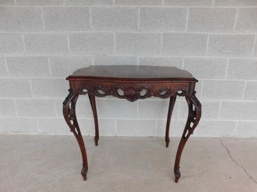 French Provincial Louis XV Style Marquetry Inlaid Accent Table
