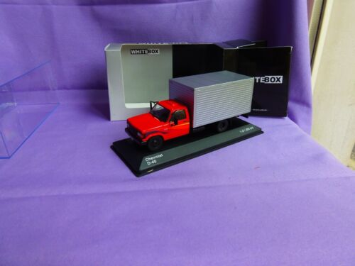 CAMION CHEVROLET D40 FOURGON TOLE 1/43 WHITEBOX EDITION LIMITEE 1/1000