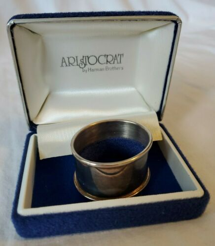 ARISTOCRAT Silver Plate Napkin Ring by Harman Brothers with Case - Mid Century
