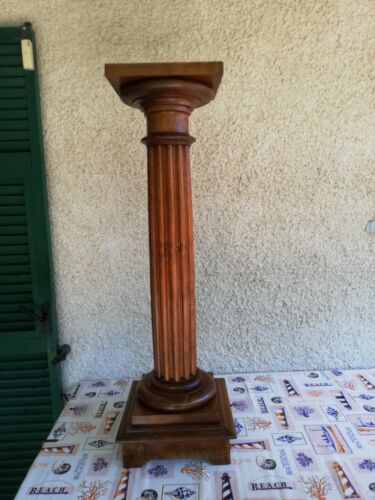 Colonna In noce