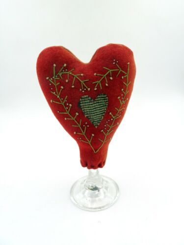 ANTIQUE PRIMITIVE MAKE-DO FOLK ART HEART PIN CUSHION W/DESIGN OF ANTIQUE PINS