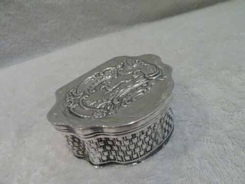 Charming dutch 934 embossed silver snuff box 1872  basketry effect m34