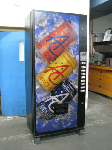 Large Can Drink Vending Machine - Dixie-Narco DNCB 440M