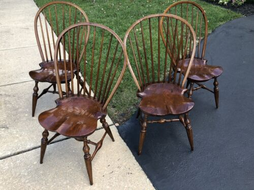 Set Of Four Bucks County PA Cabinet Made B. Delin Bowback Windsors