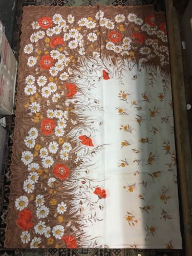 Vintage Unused Table Cloth  Pretty Floral Rectangle New