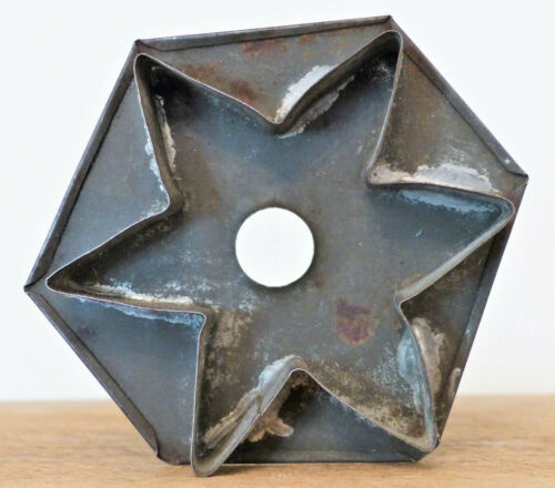 Antique 19th C FLATBACK Dark Tin 6 POINT STAR Large Cookie Cutter FOLK ART