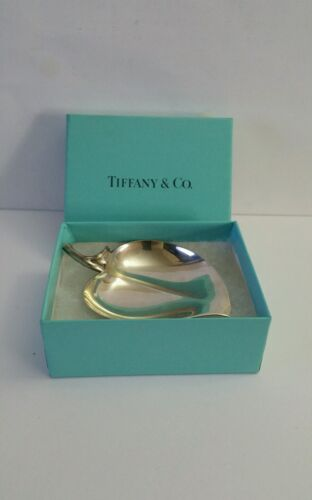 Tiffany & Co Makers Sterling Silver Vintage Leaf Heart Apple Dish w/ Box